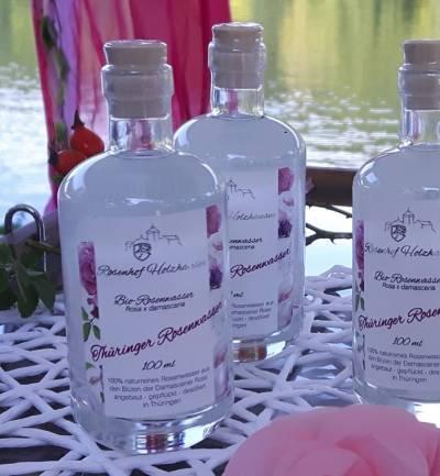 Flasche mit rosenwasser